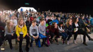 Echange entre Jean-Michel Cousteau et 200 jeunes du Pays Rochois - DR